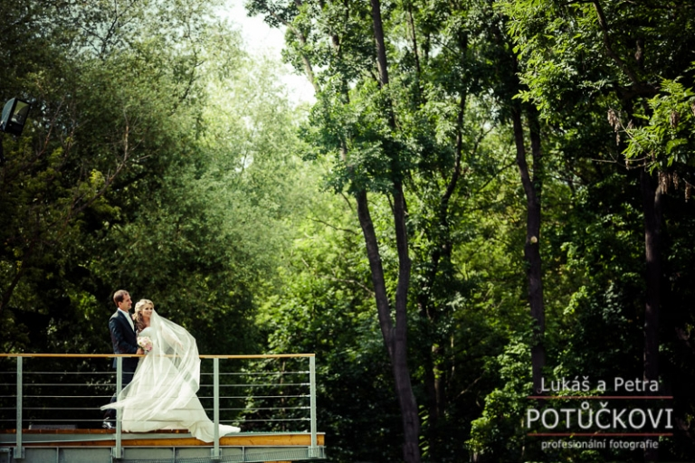 svatebni-fotograf-praha-chateau- havel_067