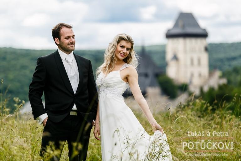 svatebni-fotograf-romanticky-mlyn-karlstejn_013