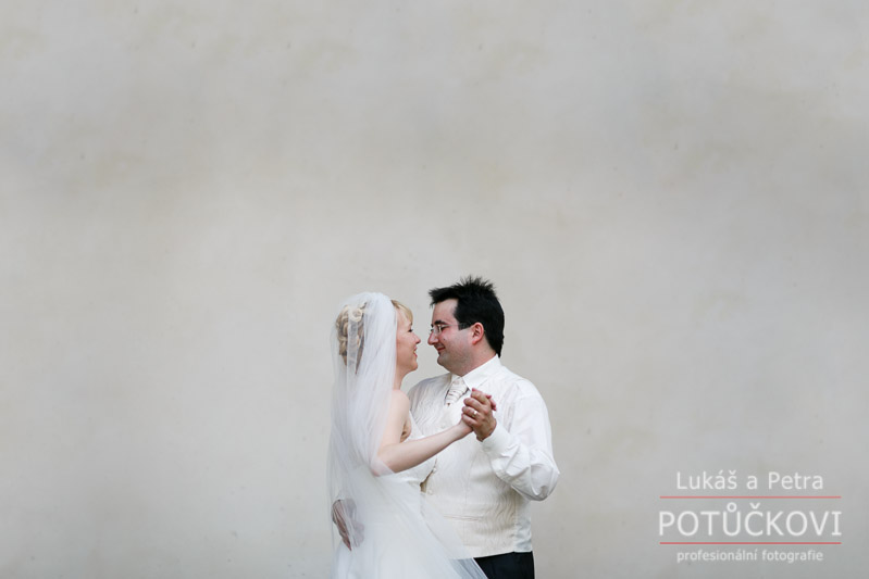 svatebni-fotograf-zbiroh_091